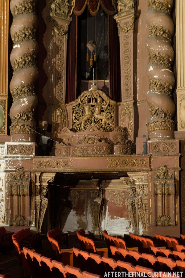The abandoned Loew's Kings Theatre in New York 10