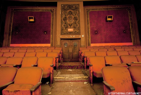 The abandoned Loew's Kings Theatre in New York 11