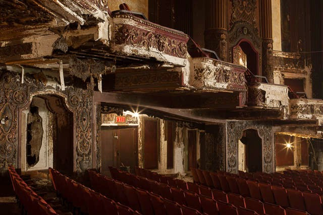 The abandoned Loew's Kings Theatre in New York 14