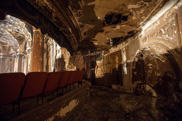 The abandoned Loew's Kings Theatre in New York 17