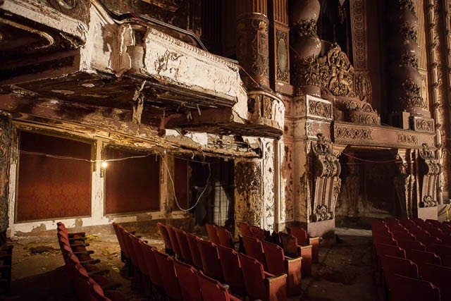 The abandoned Loew's Kings Theatre in New York 18