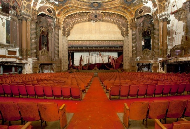 The abandoned Loew's Kings Theatre in New York 2