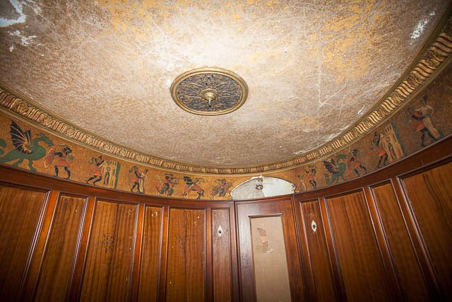 The abandoned Loew's Kings Theatre in New York 20