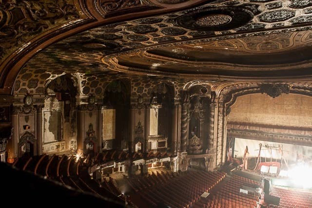 The abandoned Loew's Kings Theatre in New York 25
