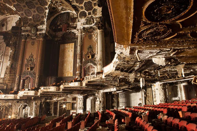 The abandoned Loew's Kings Theatre in New York 26