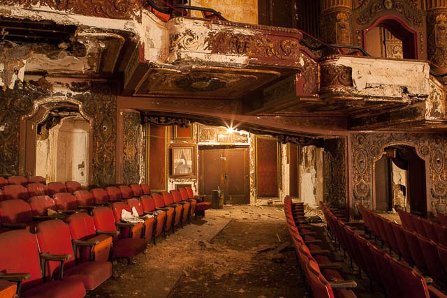 The abandoned Loew's Kings Theatre in New York 29