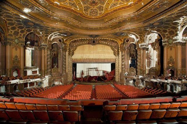 The abandoned Loew's Kings Theatre in New York 3