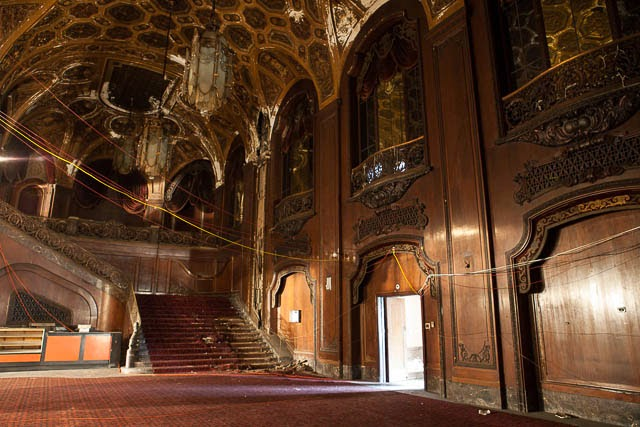 The abandoned Loew's Kings Theatre in New York 31