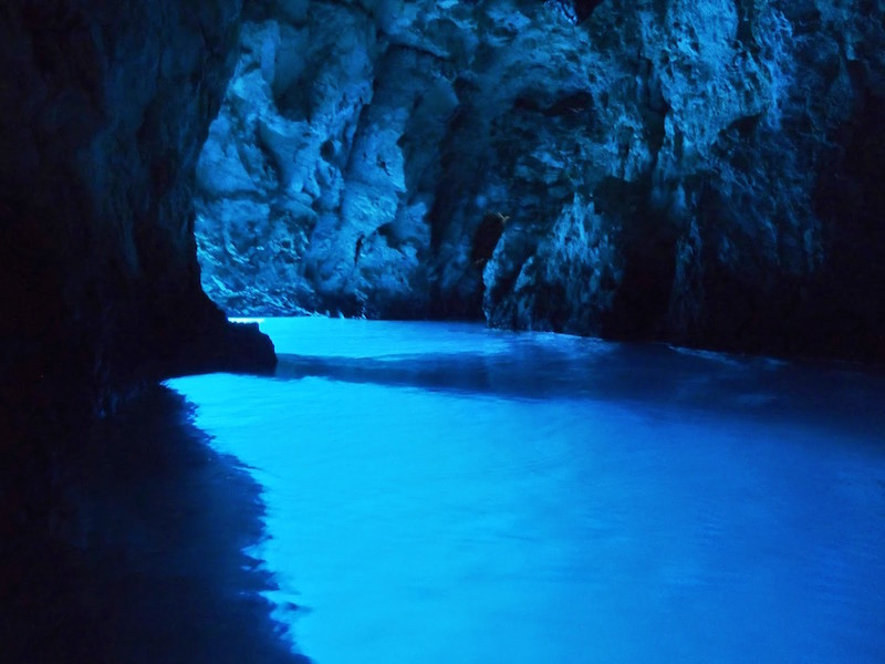 The Ghostly Blue Caves Off The Dalmatian Coast 5