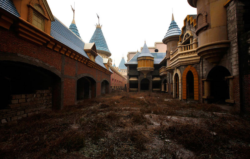 World's Largest Abandoned Amusement Park, China 3