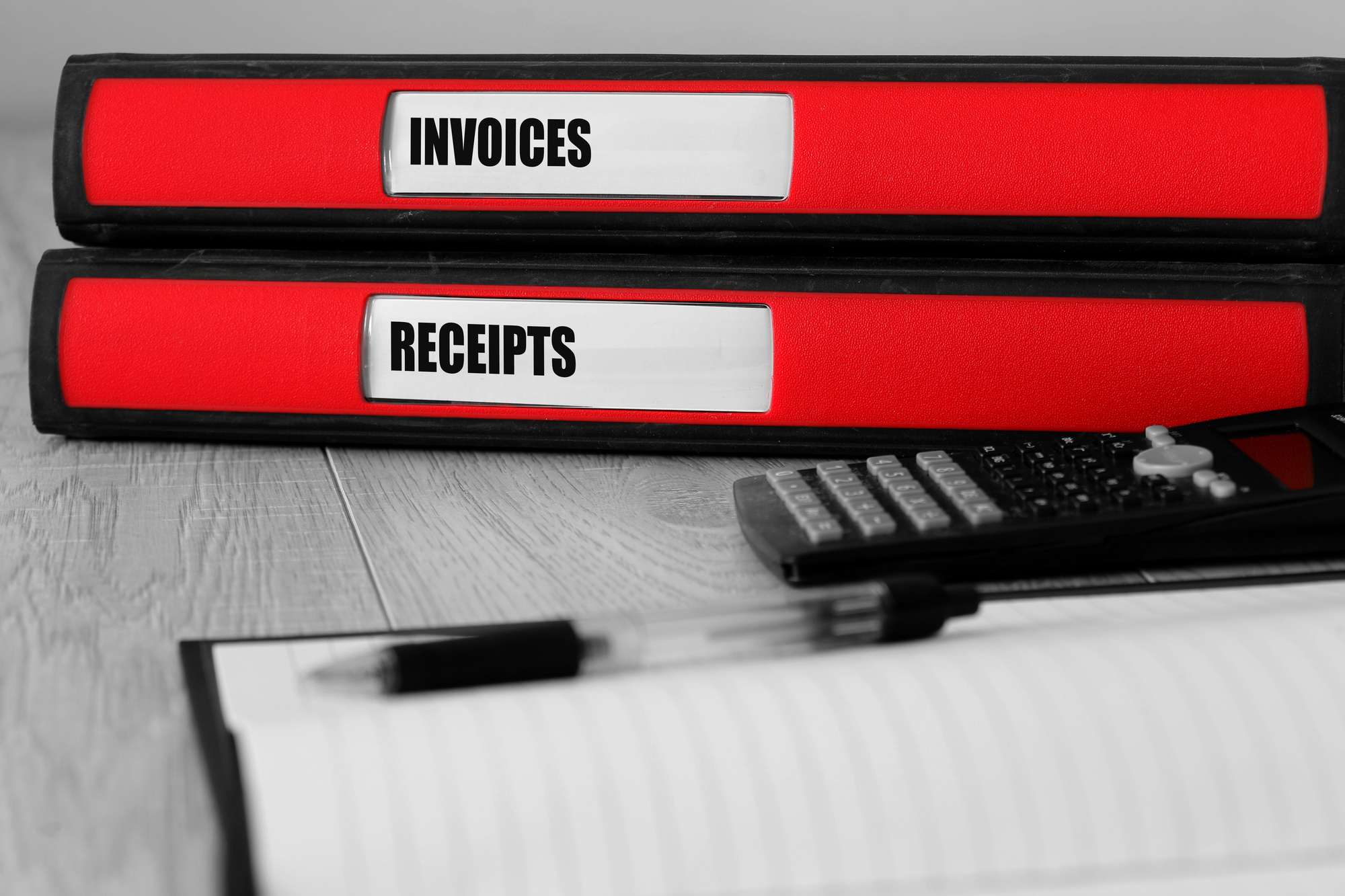 how to create a professional invoice as a freelancer